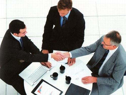 Thủ tục đầu tư và giấy phép đầu tư. (Ảnh minh họa)